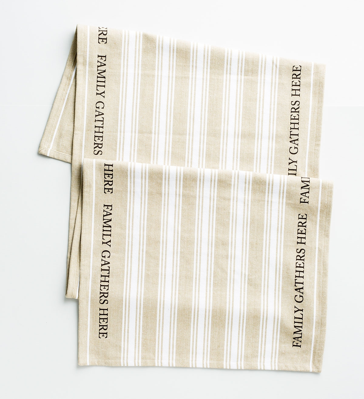 Family Gathers Here - Grainsack Table Runner