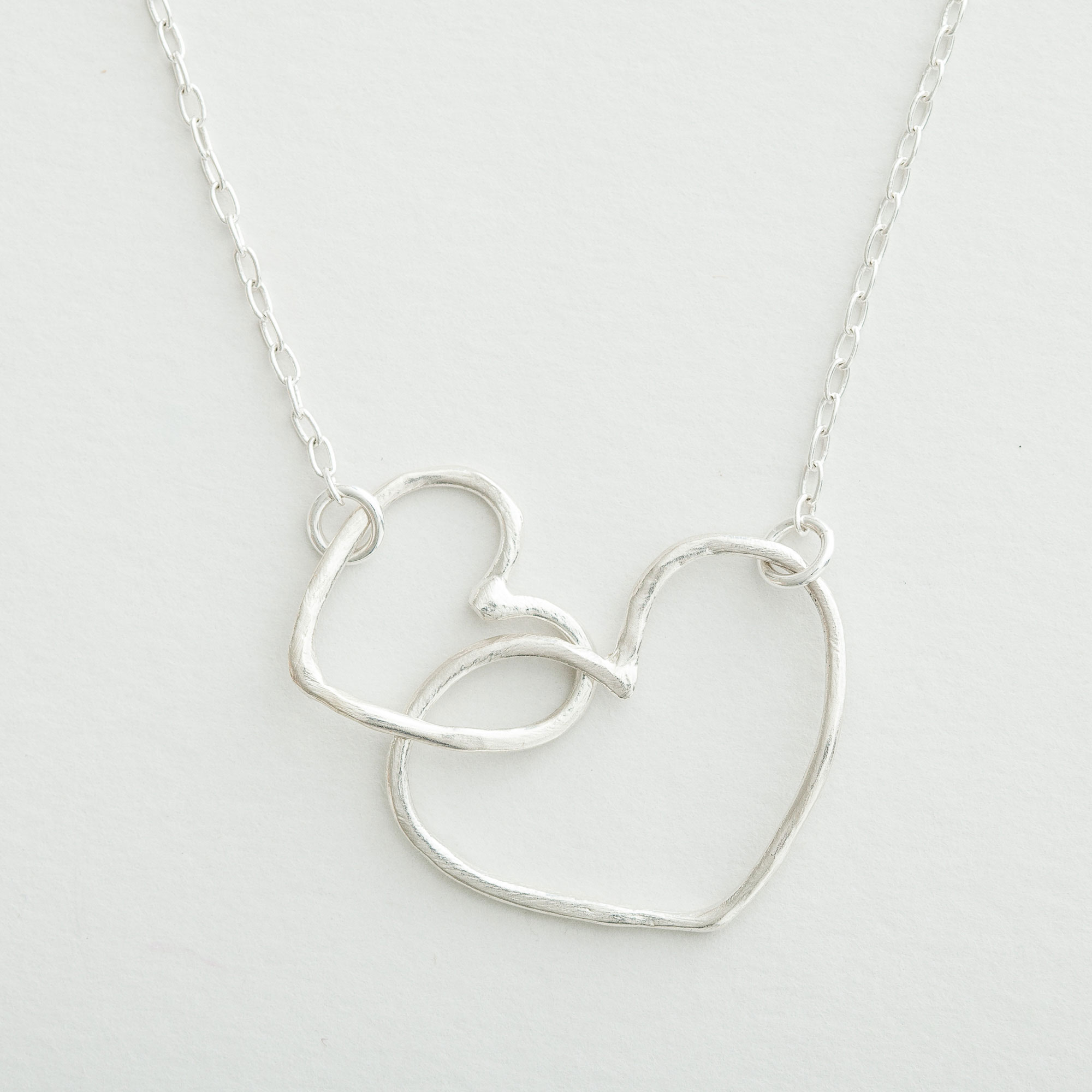 Lisa Leonard - Silver Connected Hearts Necklace