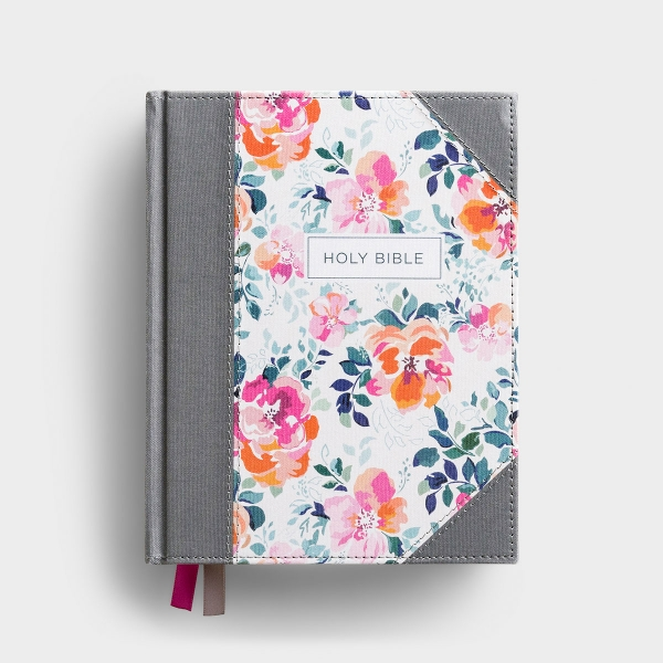 Capture your thoughts next to treasured verses in the KJV Journal the Word Bible. This one-of-a-kind Bible features wide, lightly ruled margins on every page, so there's plenty of room for taking notes or journaling.