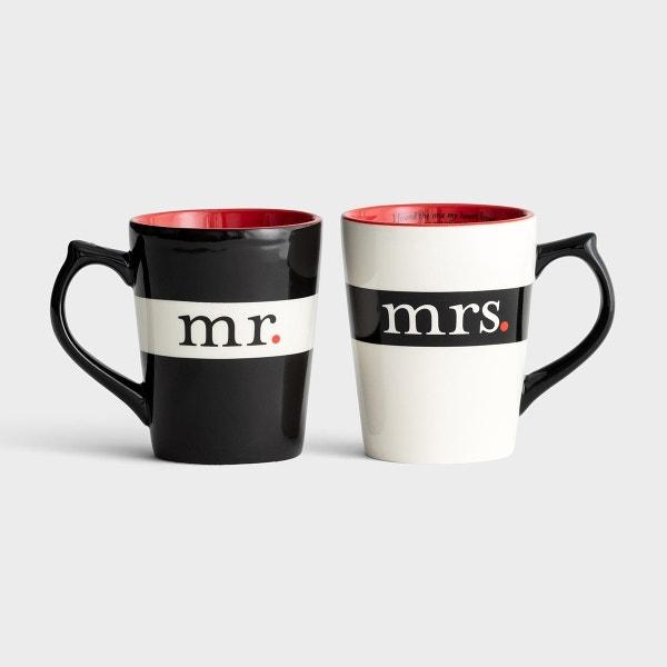 Mr. & Mrs. Classic Mug Gift Set