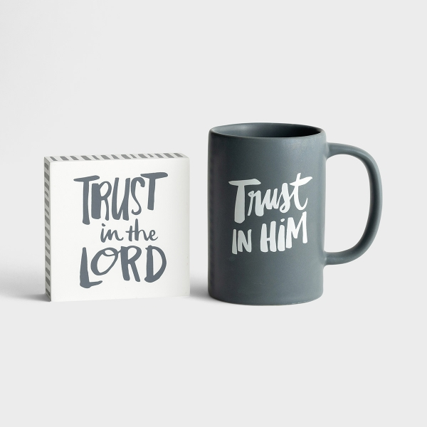 Trust In The Lord - True and Write - Mug & Plaque Gift Set