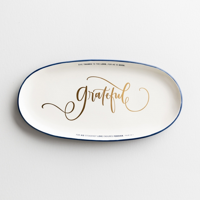 DaySpring's 'Grateful' ceramic platter's classic style makes a perfect gift for all occasions or a great addition to your own kitchen. The DaySpring home collection is the perfect combination of fresh design and timeless Scriptures