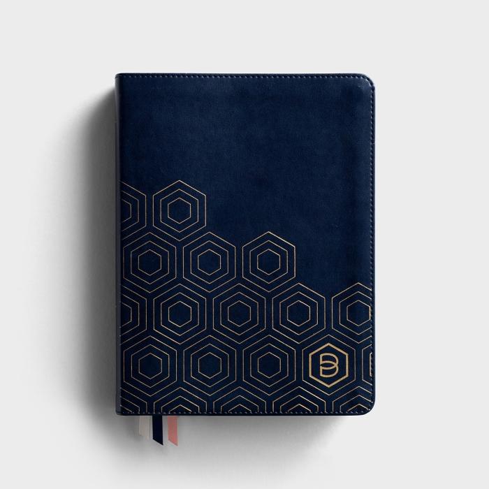 Candace Cameron Bure - One Step Closer - NLT Devotional Bible