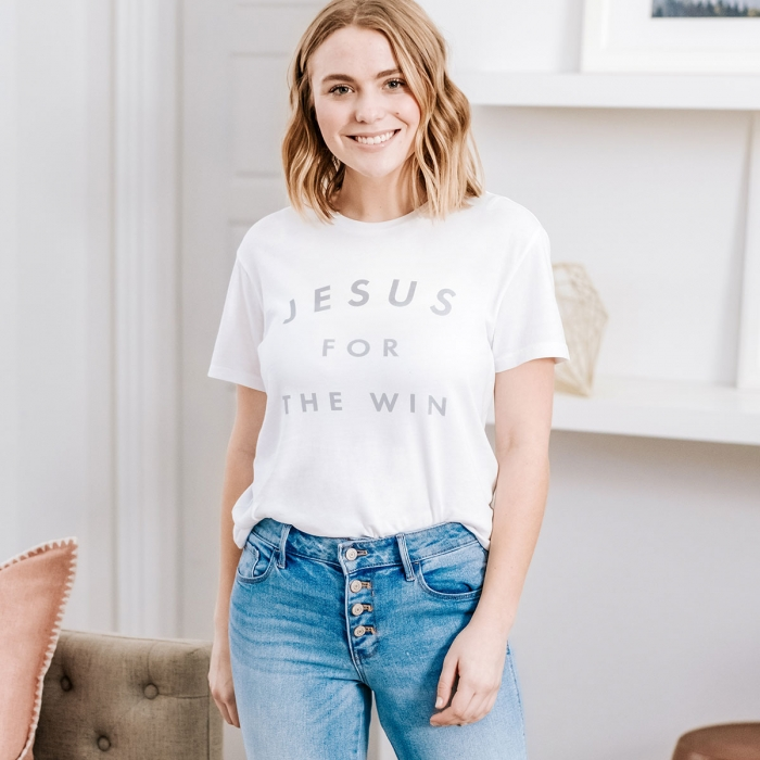 Candace Cameron Bure - Jesus For The Win - Relaxed Fit T-Shirt
