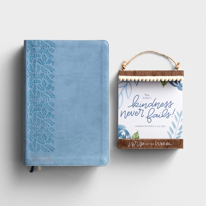 (in)courage Devotional Bible & Verse of the Week - Gift Set